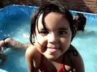 banho de piscina(fofuchas)
